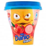Danone Danio Shake It Napój jogurtowy o smaku truskawkowym 240 g